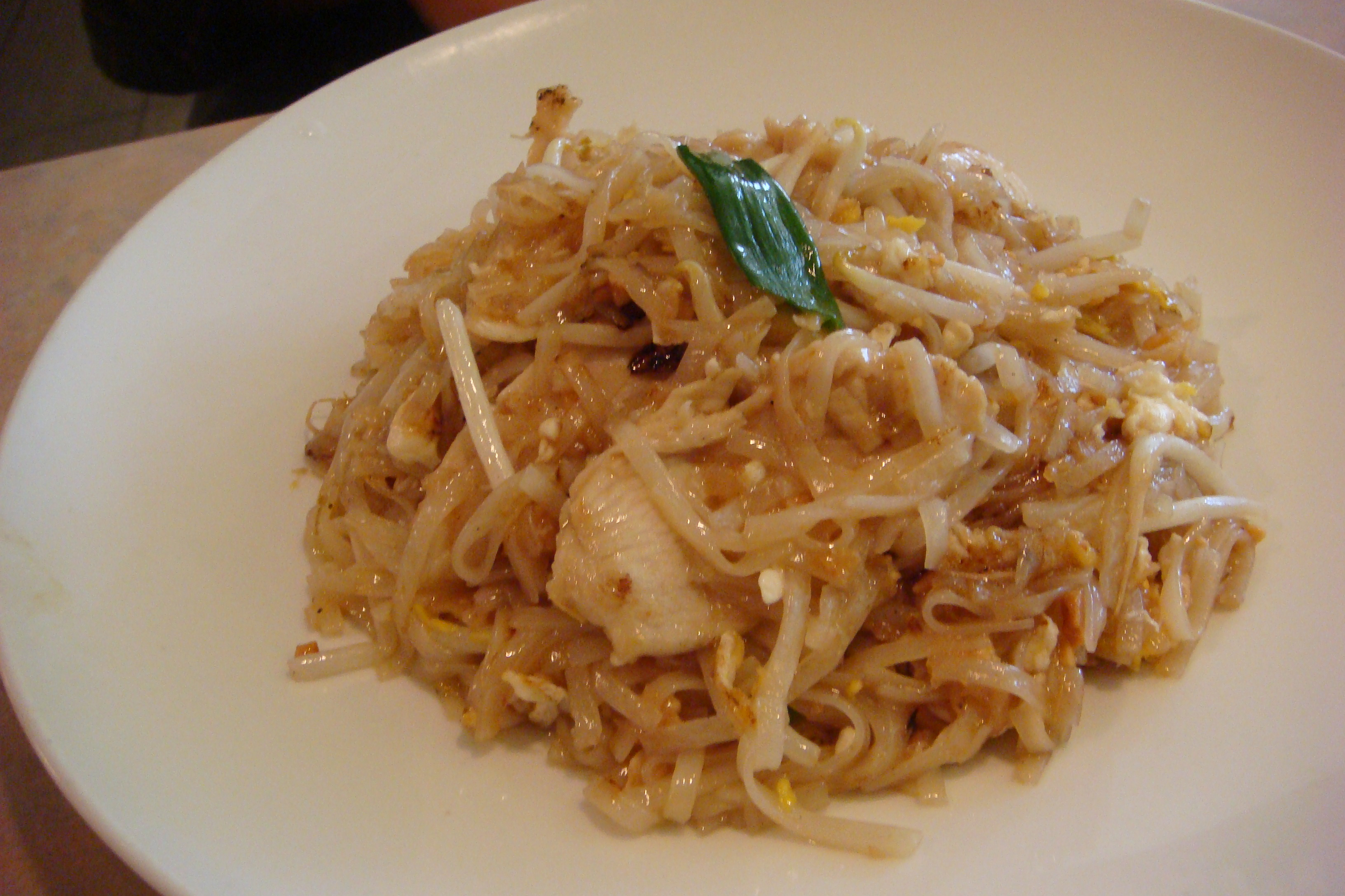 Noodle Street, Pad Thai with Vermicelli and Chicken