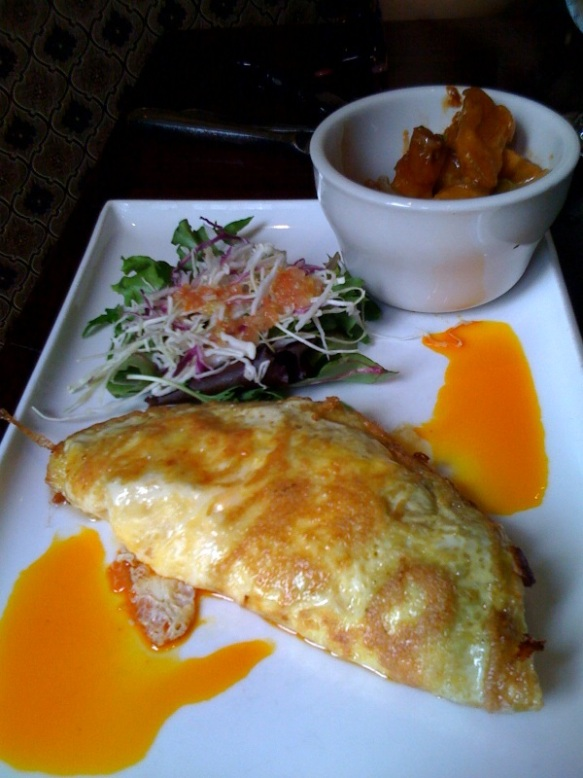 Don Pedro's - Tres Quesos (Cheese Omelet)