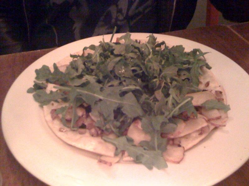Peacefood Cafe - Roasted Potatoes Pizza