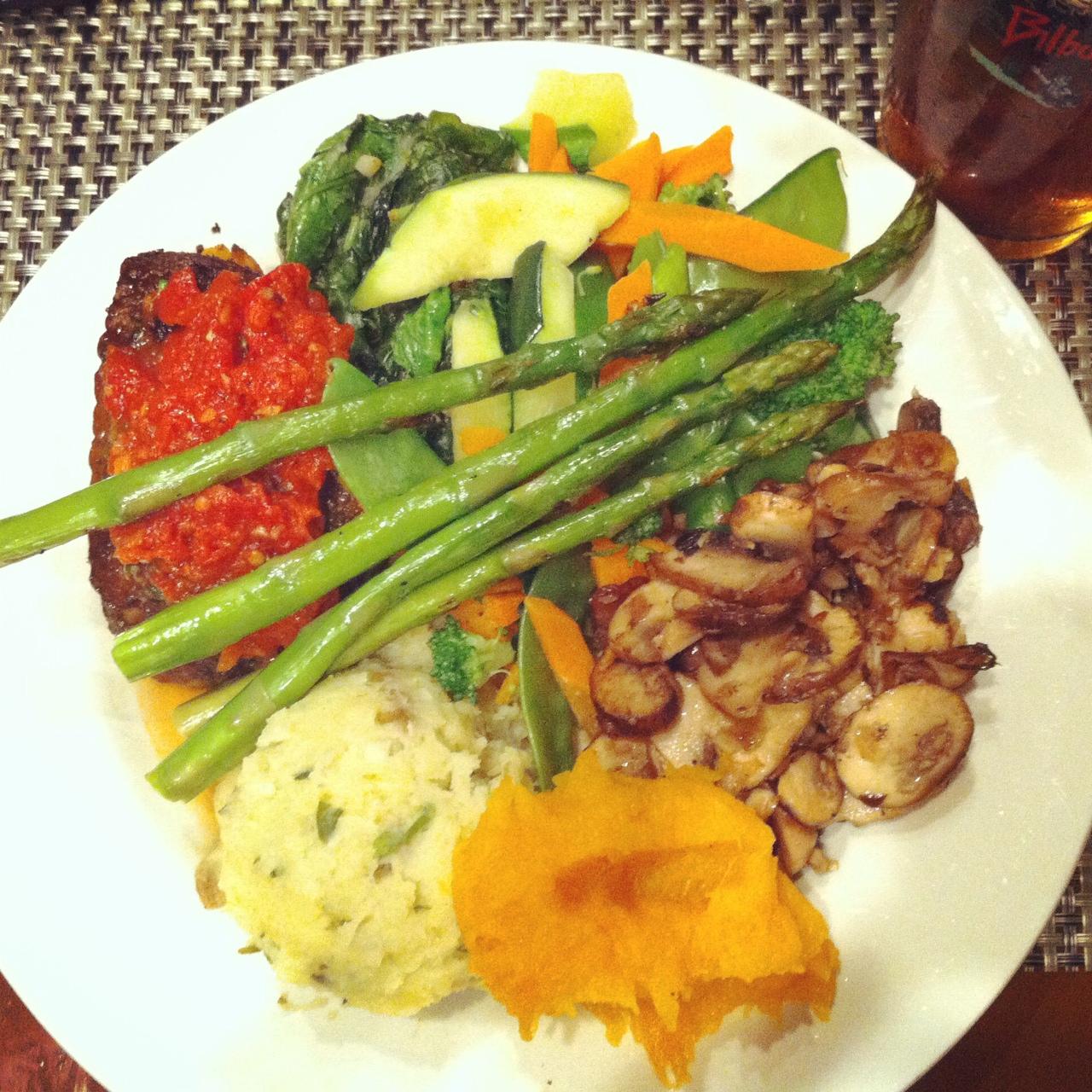 Vegetarian Platter, Bilbo Baggins, Alexandria, VA