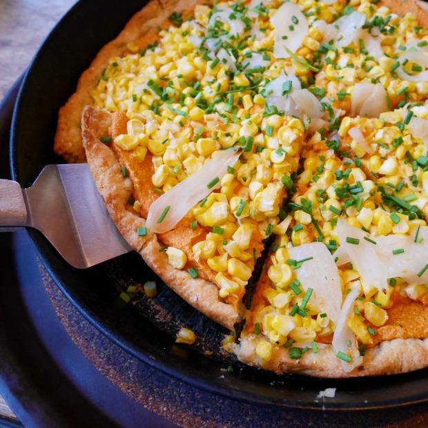 Dove Vivi Vegan Corn Cashew Pizza, NE Portland
